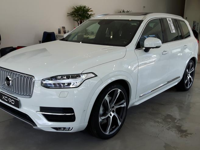 volvo xc90 2 0 d5 diesel inscription awd geartronic. Black Bedroom Furniture Sets. Home Design Ideas