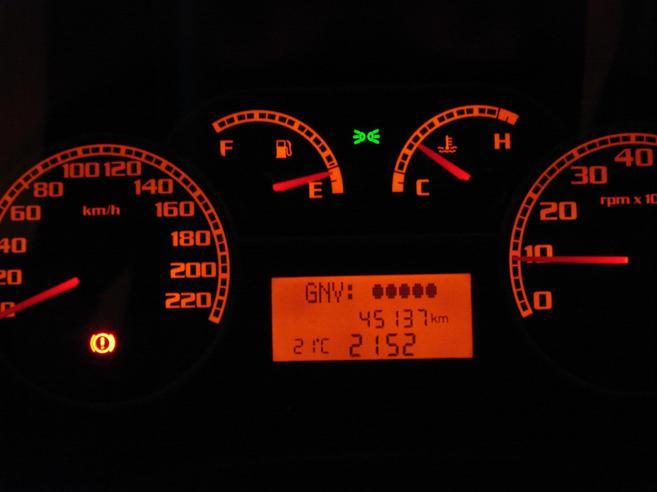 FIAT SIENA 1.4 MPI 8V FLEX 4P TETRAFUEL 2008/2008