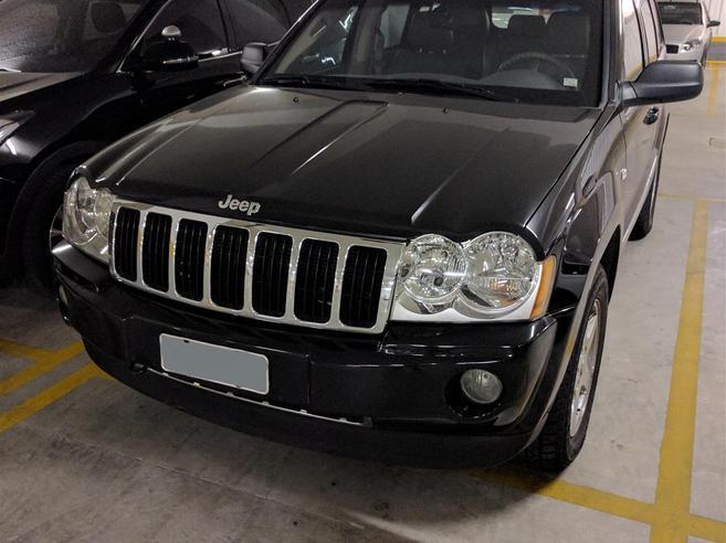 JEEP GRAND CHEROKEE 4.7 LIMITED 4X4 V8 16V GASOLINA 4P AUTOMÁTICO 2005/2005