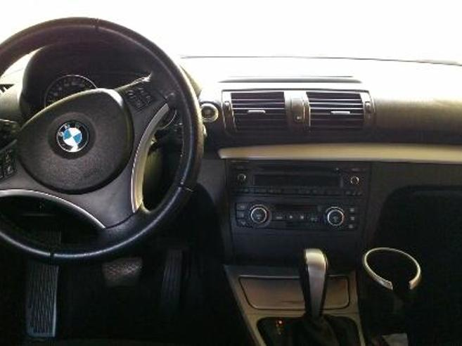 BMW 120i 2.0 TOP HATCH 16V GASOLINA 4P AUTOMÁTICO 2009/2009