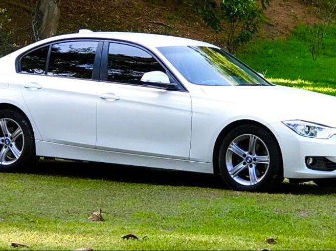BMW 320i 2.0 SPORT GP 16V TURBO ACTIVE FLEX 4P AUTOMÁTICO 2014/2015