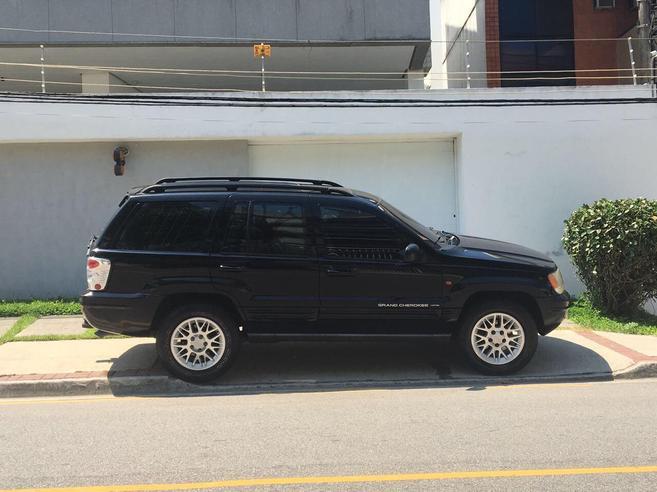JEEP GRAND CHEROKEE 4.7 LIMITED 4X4 V8 16V GASOLINA 4P AUTOMÁTICO 2001/2002