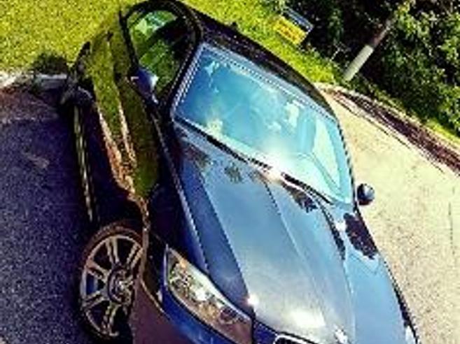 BMW 318i 2.0 SPORT 16V GASOLINA 4P AUTOMÁTICO 2011/2012