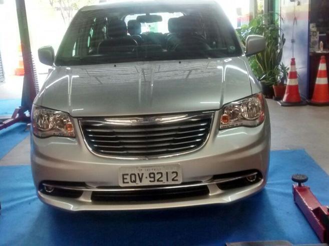 CHRYSLER TOWN & COUNTRY 3.6 TOURING V6 24V GASOLINA 4P AUTOMÁTICO 2011/2012
