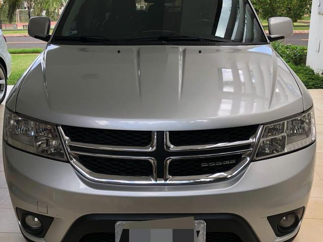 DODGE JOURNEY 3.6 SXT V6 GASOLINA 4P AUTOMÁTICO 2011/2012