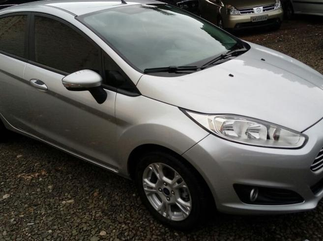 FORD FIESTA 1.6 SE HATCH 16V FLEX 4P POWERSHIFT 2014/2015