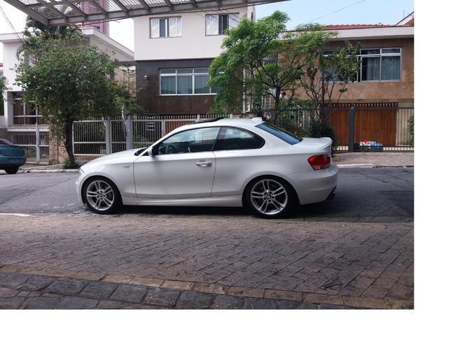 BMW 135i 3.0 COUPÉ 24V GASOLINA 2P AUTOMÁTICO 2011/2011