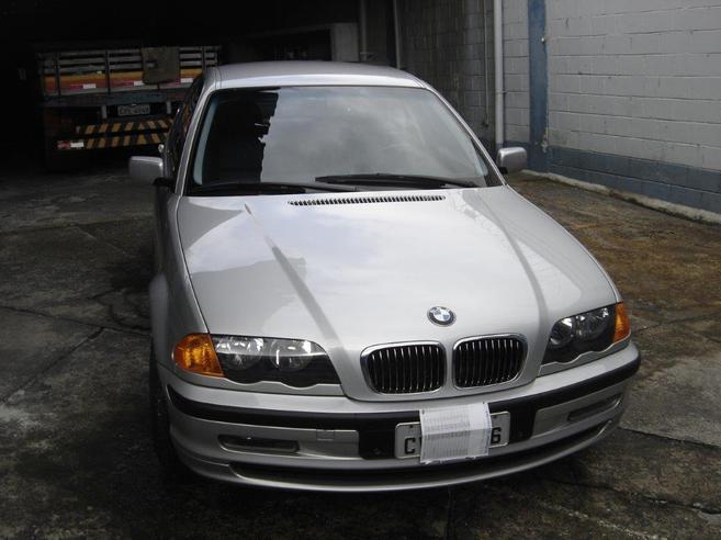 BMW 320i 2.2 24V GASOLINA 4P AUTOMÁTICO 2001/2001