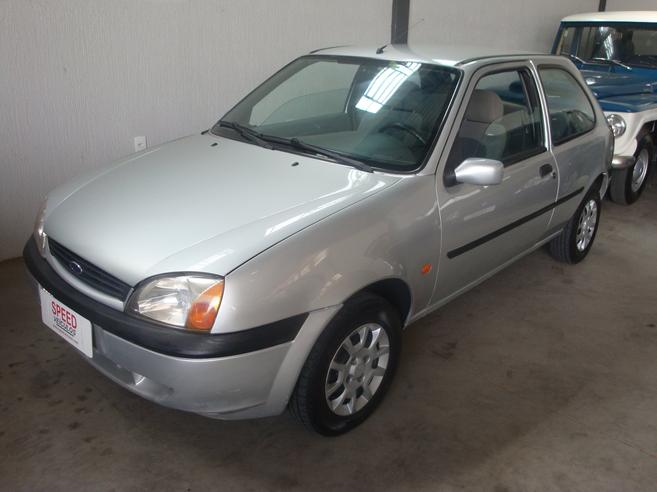 FORD FIESTA 1.0 MPI GL 8V GASOLINA 2P MANUAL 2000/2000