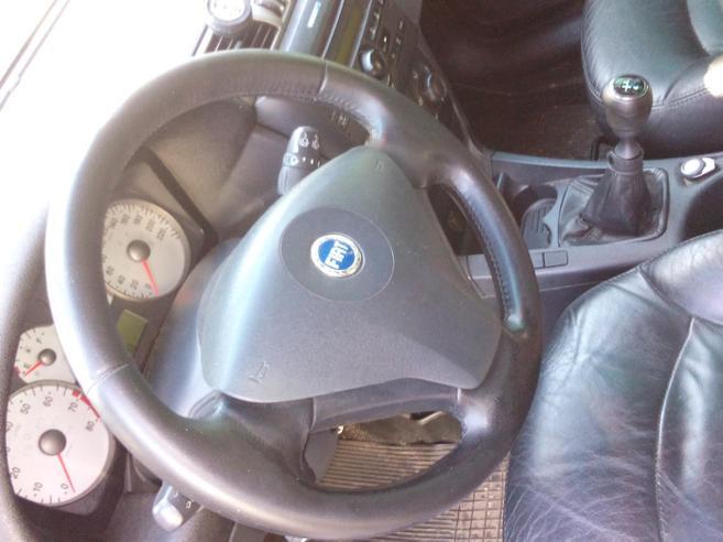 FIAT STILO 1.8 MPI CONNECT 8V FLEX 4P MANUAL 2006/2006